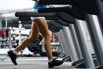 8 REASONS HOW RUNNING ON A TREADMILL IS GREAT FOR FITNESS