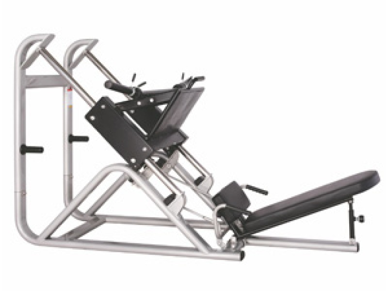 CS - 022 Incline Squat Machine